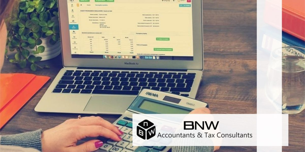 Bookkeeper vs. Accountant – Who's Right for Your Business?